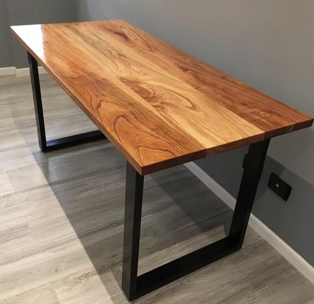 mesa de madera paraiso